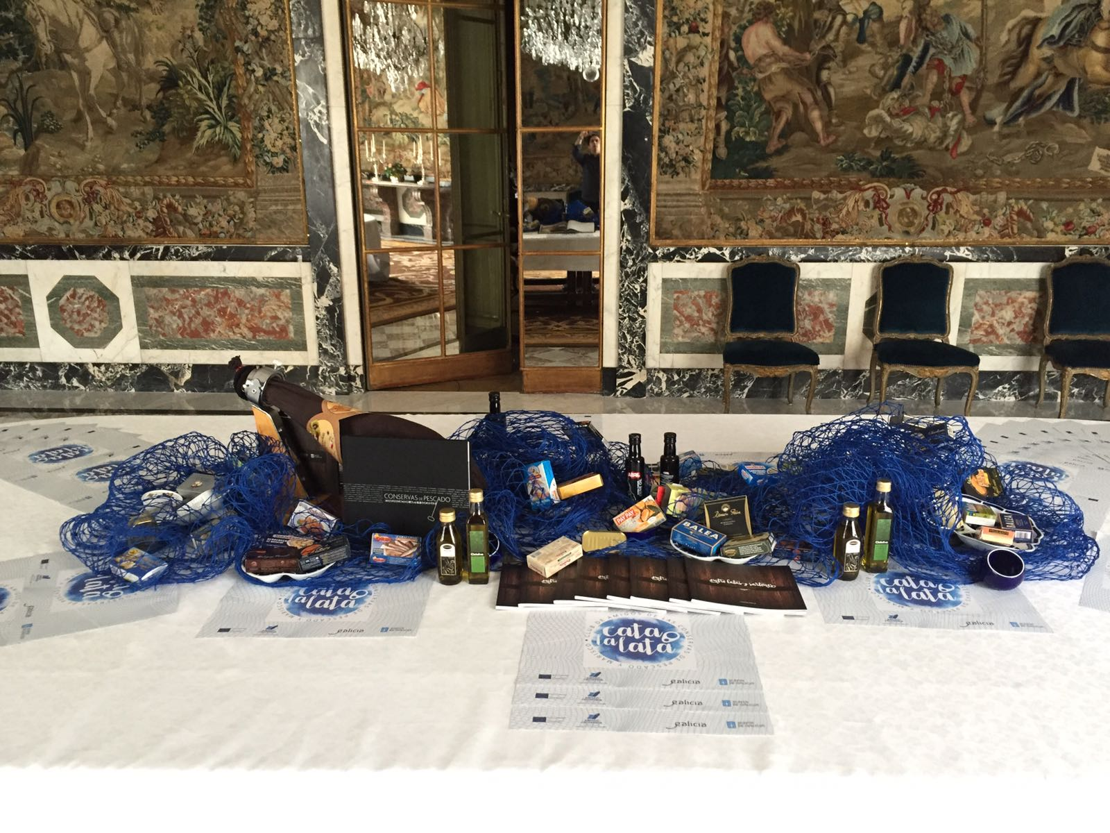 Galician tinned fish and seafood shines at the Spanish Embassy in Paris
