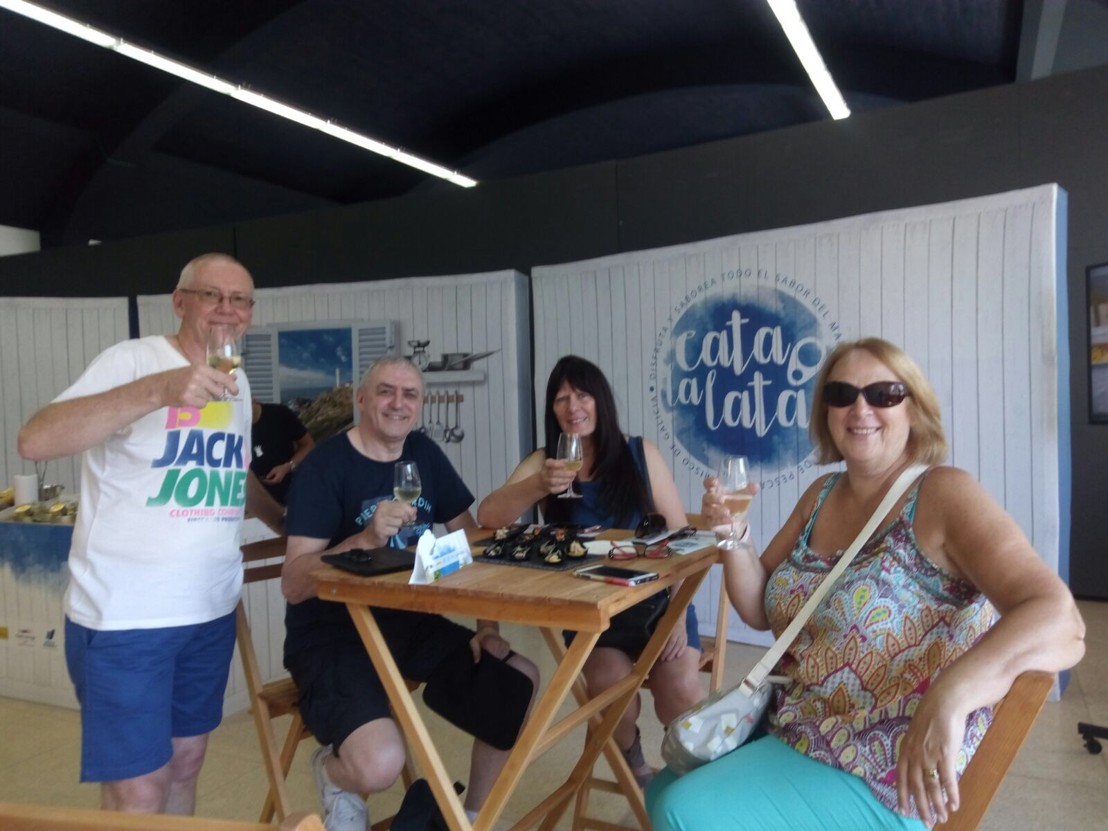 """Taste the can"" celebrates the day of Galicia with canned fish and seafood for cruise passengers"