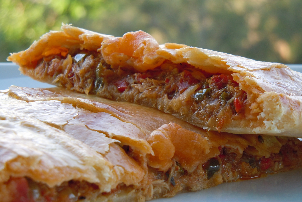 Enrich your empanada with canned fish