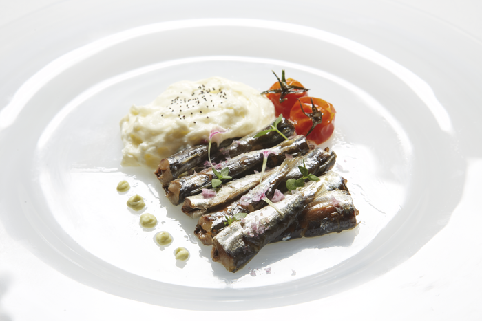 SARDINES WITH GARLIC FOAM AND AVOCADO ALIOLI