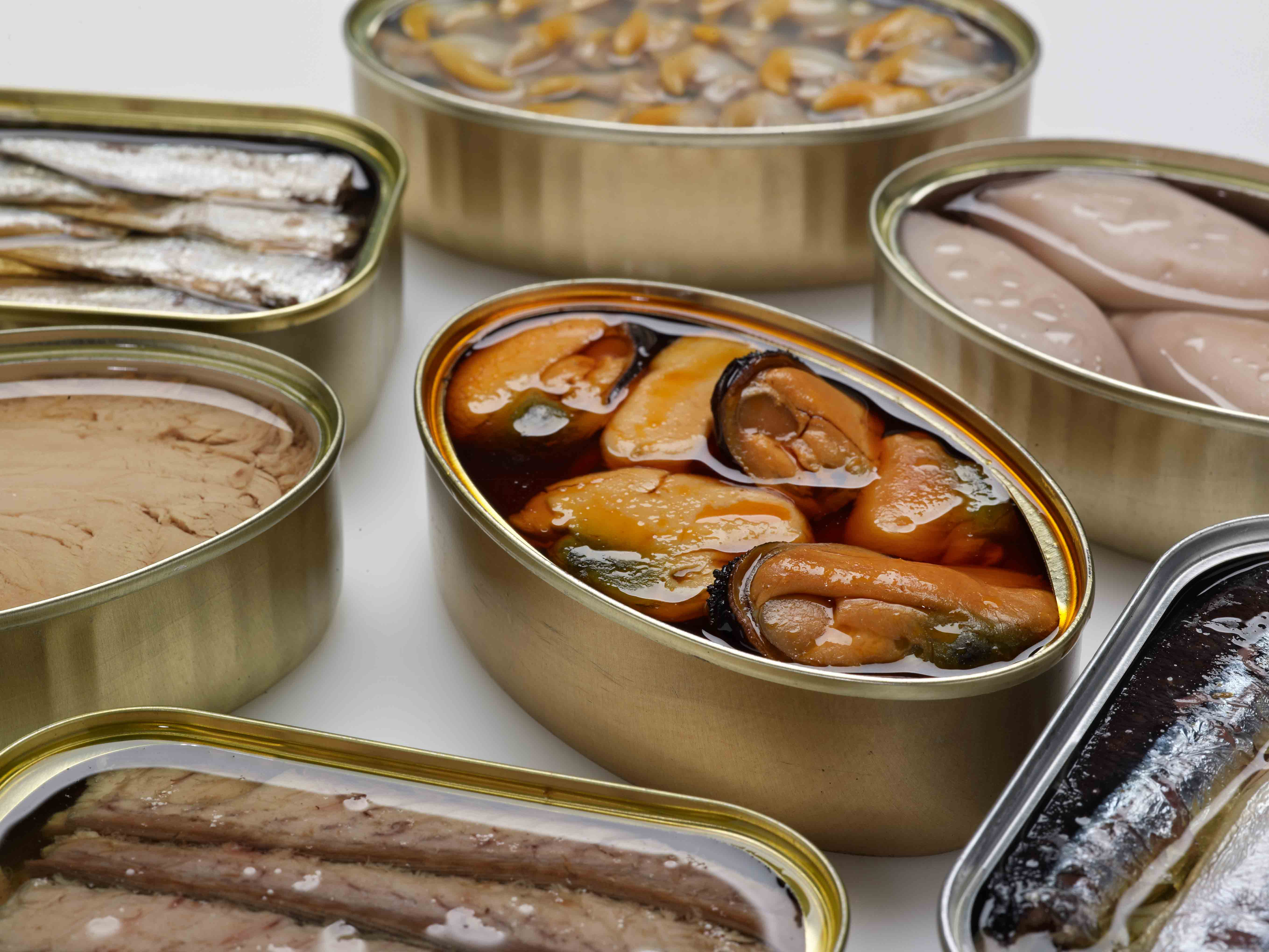Canned fish and seafood in alphabetical order
