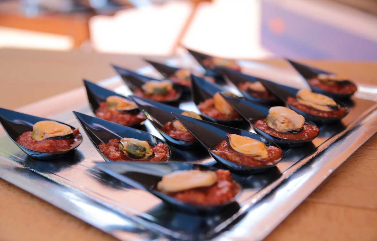 TEASPOONS-MUSSELS-WITH-RATATOUILLE